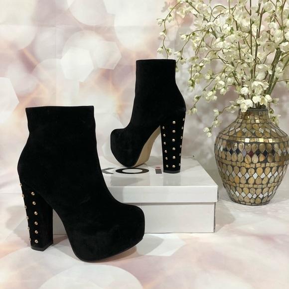 Koi Couture size 7 black faux suede side zip platform stiletto heel ankle boots